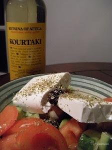 Yunan Salatası ve Retsina