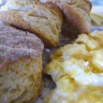 Biscuit ve Çırpılmış Yumurta (Tarif)